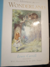 Lewis Carroll's Alice's Adventures in Wonderland: Alice's adventures in Wonderland